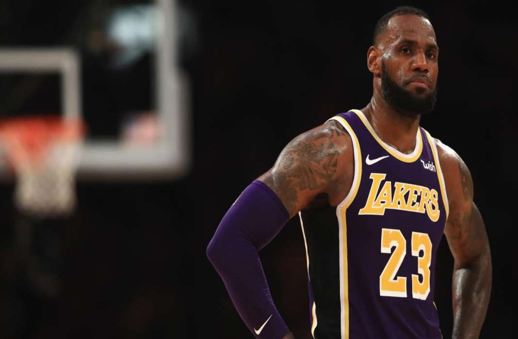 Trading LeBron? This analyst believes Lakers should try